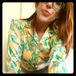 Fab 1960's flower power blouse by Queen Casuals